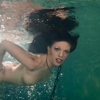 Unterwasser Akt